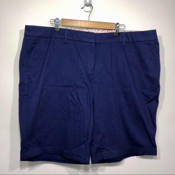 Cambridge Dry Goods plus size shorts size 20